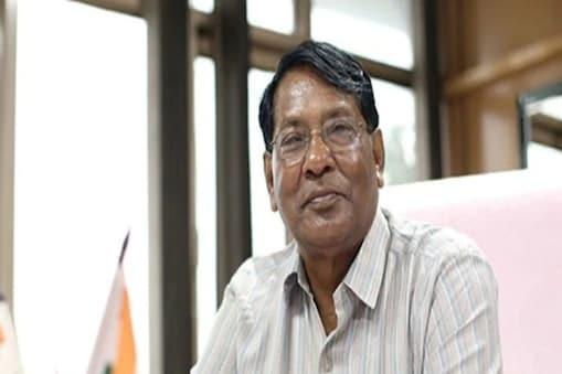 हेमंत सोरेन सरकार में वित्त मंत्री रामेश्वर उरांव के सरकारी स्कूलों पर दिए बयान से अखिल भारतीय प्राथमिक शिक्षक संघ नाराज है (फाइल फोटो)