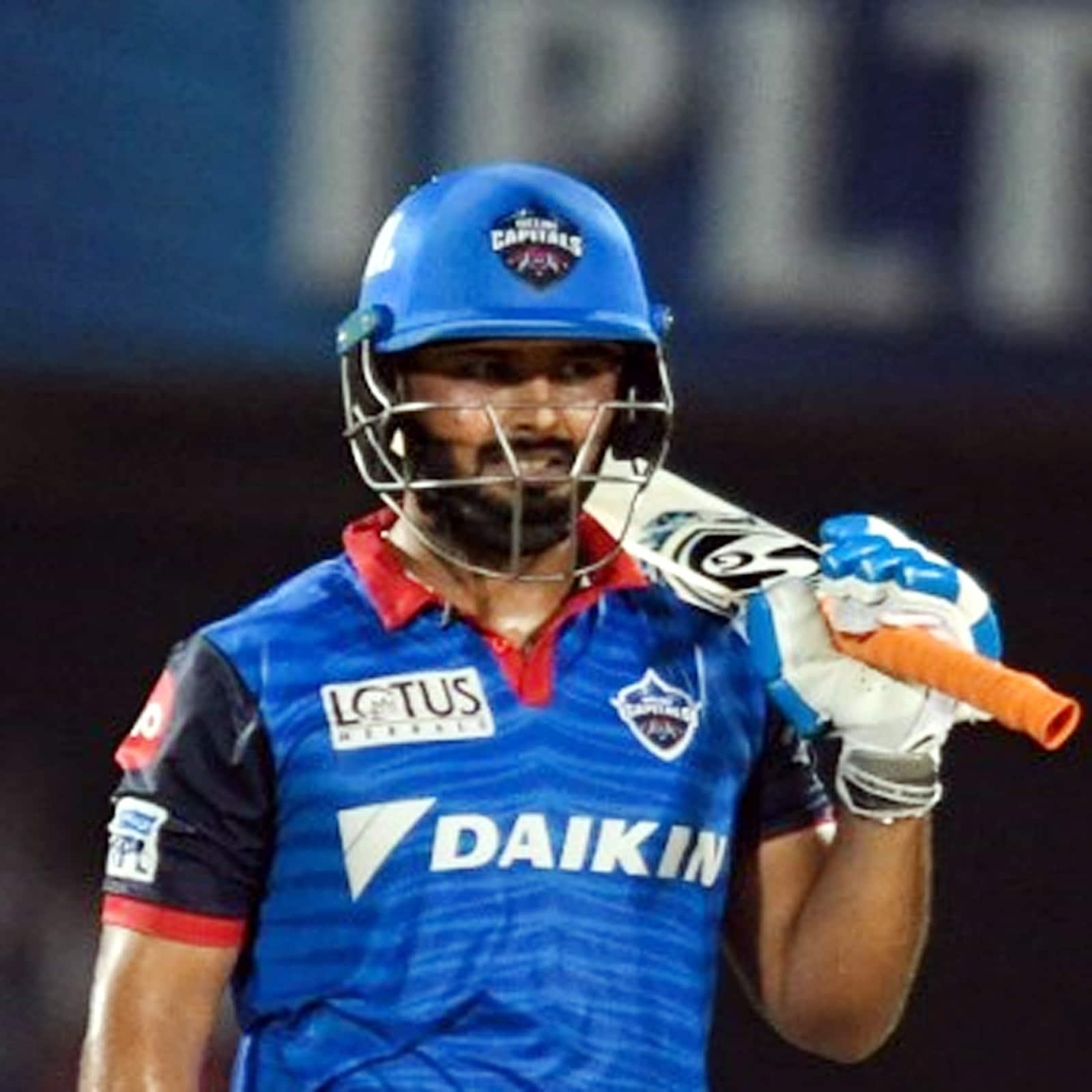पंत ने जब इस साल चेन्नई सुपर किंग्स के खिलाफ अप्रैल में कप्तानी में डेब्यू किया था. तब वह 23 साल 6 महीने और 6 दिन के थे. वह आईपीएल इतिहास के 5वें सबसे युवा कप्तान हैं. (AFP)
