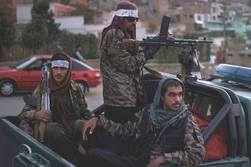 बेलगाम लड़ाके अब तालिबान के लिए सिरदर्द बन चुके हैं. (सांकेतिक तस्वीर-AP)