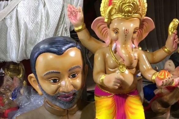 Ganesha Chaturthi: आगरा में PM मोदी के कंधे पर विराजमान हुए भगवान गणेश