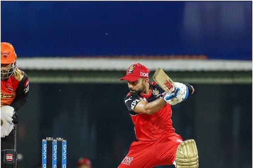 विराट कोहली IPL 2022 में RCB की कप्तानी नहीं करेंगे (PIC: PTI)