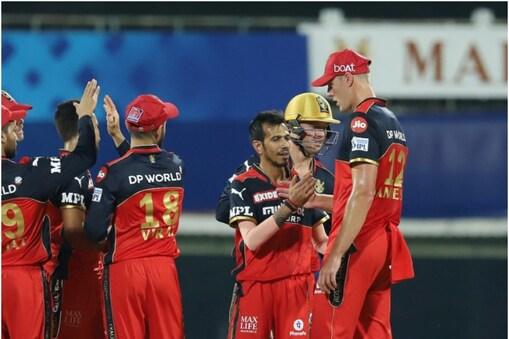 IPL 2021: युजवेंद्र चहल ने मुंबई इंडियंस के खिलाफ पिछले मैच में 3 विकेट झटके थे. (PIC: PTI)