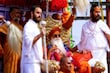धार्मिक आयोजनों और कुंभ आदि के दौरान अखाड़ा का जुलूस और प्रदर्शन काफी वैभवपूर्ण होता है (फोटो शटरस्टॉक)