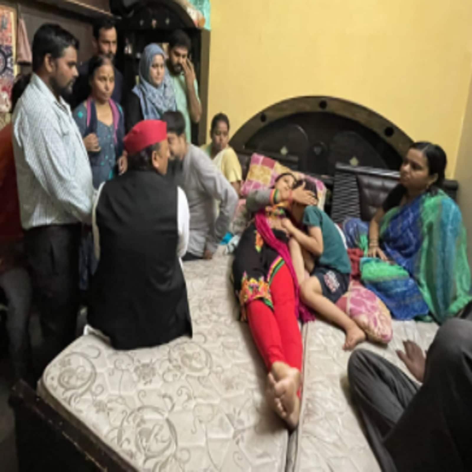 Manish Gupta Death Case, akhilesh in knp,