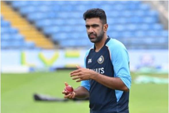 T20 वर्ल्ड कप टीम में अश्विन के चयन पर कोहली ने तोड़ी चुप्पी, बताया 4 साल बाद क्यों मिली इंट्री