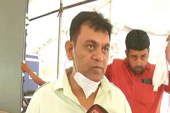 UP: मेरठ की हस्तिनापुर सीट से विधायक दिनेश खटिक को योगी कैबिनेट में शामिल किए जाने की चर्चा है.