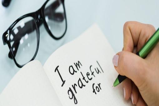 ग्रेटीट्यूट जर्नल से मानसिक स्वास्थ्य में सकारात्मक बदलाव आता है. (Image:shutterstock.com)