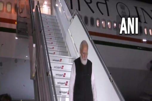 अमेरिका के व्हाइट हाउस में शुक्रवार को क्वाड देशों की बैठक में हिस्सा लेने के बाद अब प्रधानमंत्री नरेंद्र मोदी न्यूयॉर्क पहुंच चुके हैं.