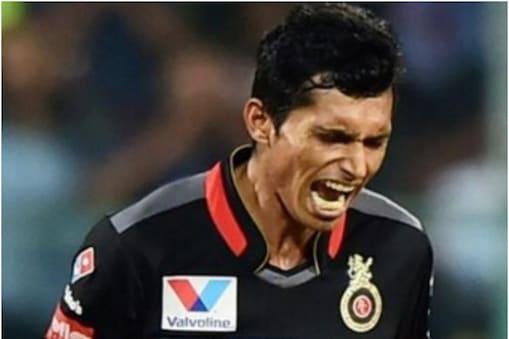 IPL 2021: नवदीप सैनी यूएई के पिचों पर कहर ढा सकते हैं. (फोटो-AP)