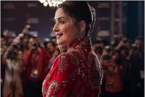 माधुरी दीक्षित को आखिरी बार फिल्म 'कलंक' में देखा गया था. (फोटो साभारः Instagram/madhuridixitnene)