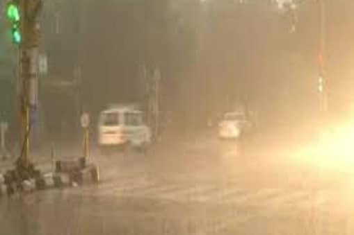 harkhand Weather News: बंगाल की खाड़ी में चक्रवातीय तूफान का असर झारखंड में भी दिखने लगा है. (प्रतीकात्मक तस्वीर)