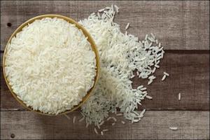 PHOTOS: चावल खाने वाले हो जाएं सावधान, अगर ऐसा नहीं किया तो हो सकता है कैंसर