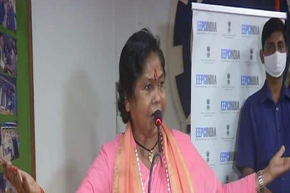 UP News: आज़ादी के अमृत महोत्सव के उपलक्ष्य में मेरठ पहुंचीं केंद्रीय राज्य मंत्री साध्वी निरंजन ज्योति