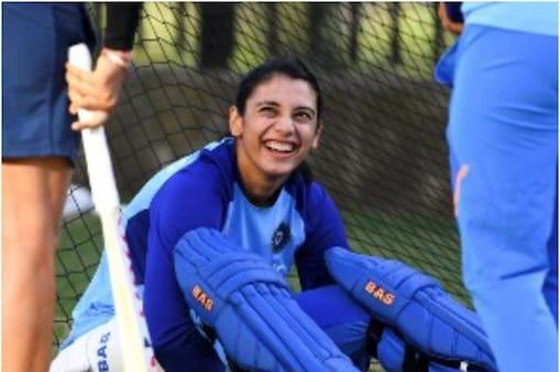 INDW vs AUSW: स्मृति मंधाना ने 86 रन की शानदार पारी खेली  (AFP)