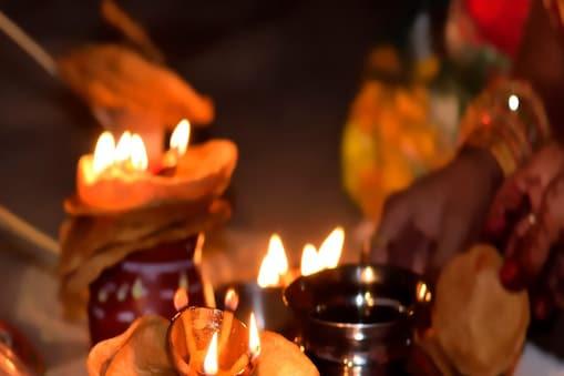 मनचाहा वर पाने के लिए भी हरतालिका तीज पर व्रत रख पूजा की जाती है. Image-shutterstocl.com