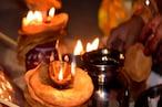 Karva Chauth 2021 Vrat: पहली बार रख रही हैं करवा चौथ का व्रत तो ये बातें जानना है जरूरी