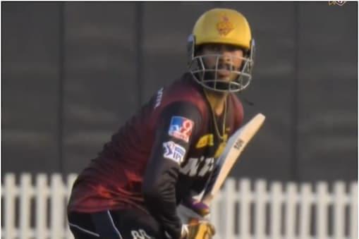 IPL 2021: वेंकटेश अय्यर 198 रन की बड़ी पारी खेल चुके हैं. (वीडियो फाेटो)