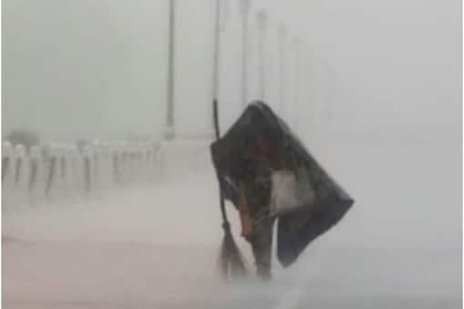 दिल्ली में इस बार जमकर बारिश हुई है.
