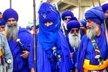 नीले कपड़े, हाथों में तलवार, गुरु के वंशज, जानें कौन होते हैं निहंग सिख योद्धा
