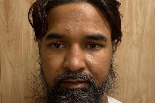 दिल्ली से गिरफ्तार आतंकवादी का बिहार से कनेक्शन निकला है.