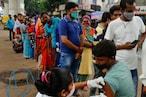 PICS: पहाड़ों से लेकर सेलिब्रिटीज तक, कुछ ऐसा है 100 करोड़ वैक्सीन डोज तक का सफर