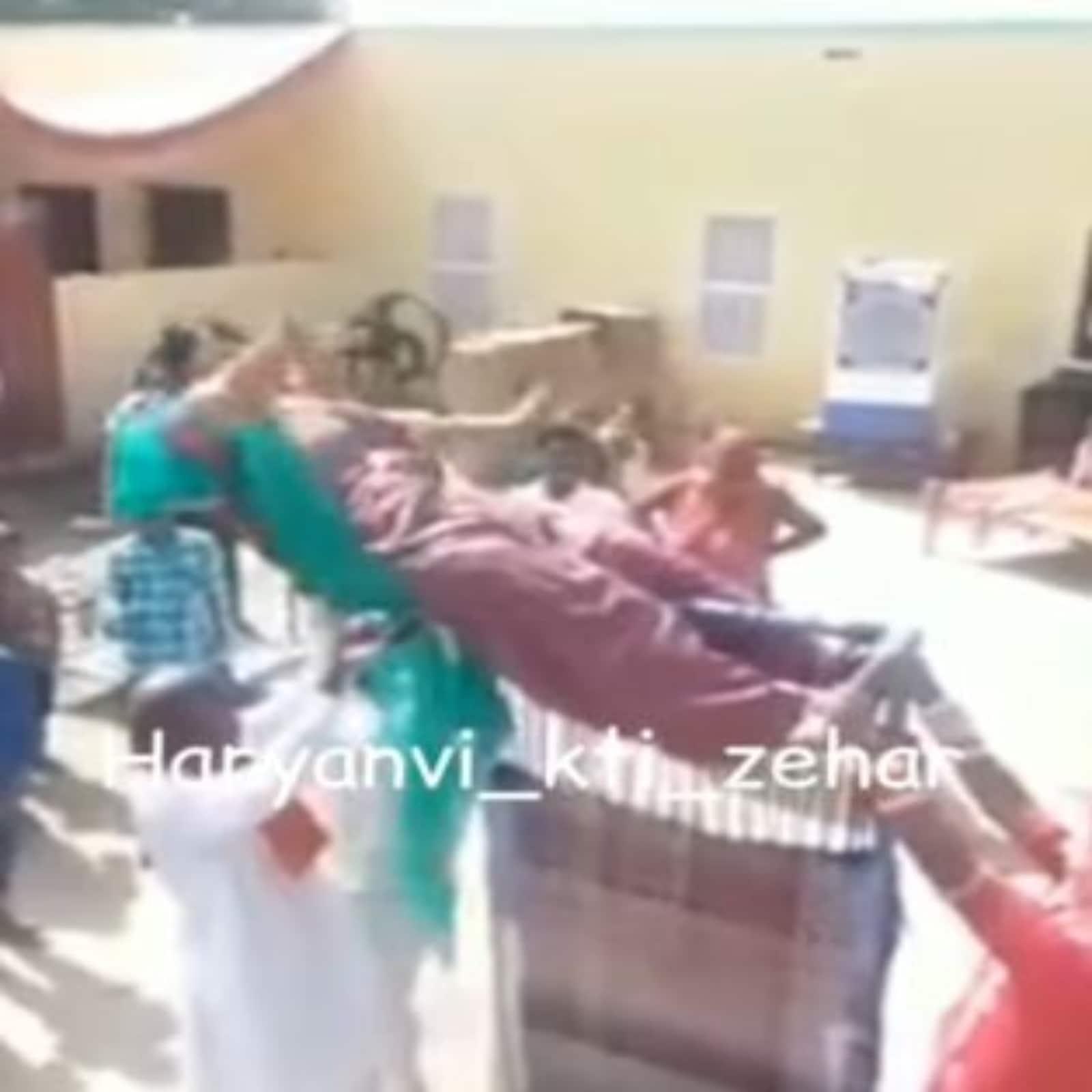 dance on khatiya