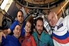 स्पेस में 40 मिनट के सीन की शूटिंग कर 12 दिन बाद धरती पर लौटा रूस फिल्म क्रू