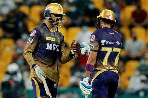 IPL 2021: वेंकटेश अय्यर ने मौजूदा सीजन का तीसरा अर्धशतक लगाया और केकेआर को फाइनल में पहुंचाया. (PTI)