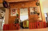 Watch: Gingerbread House Put Together by Tiny Hands