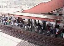Weekend break for local trains in Mumbai