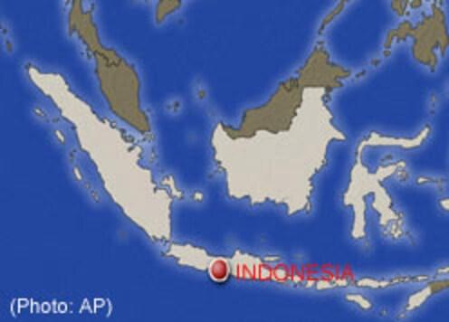Indonesia refinery blast injures 150