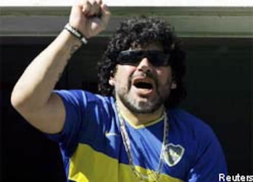 Maradona admitted with abdominal pain