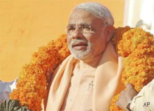 Modi thumps his 56-inch chest with Gujarat win