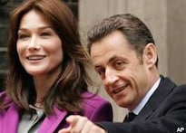 Britain swoons over French First Lady Carla Bruni