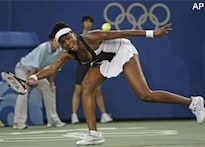 Venus hails Li after losing singles tie