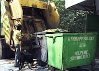 Garbage issue raises stink in Delhi polls | <a href='http://ibnlive.in.com/blogs/2205/contest/form.html'>Blog now</a>