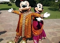 <a href='http://ibnlive.in.com/photogallery/1106.html'>Photogallery: Mickey Mouse turns 80</a>