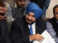 Akal Takht accuses Sidhu of hurting Sikhs sentiments