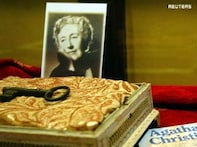 Agatha Christie book with thickest spine breaks world record