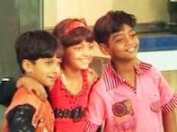 <i>Slumdog</i> kids reach Hong Kong for a charity show