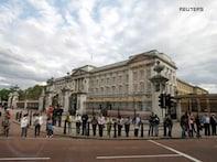 Bhangra, Bollywood enthralls all at Buckingham Palace