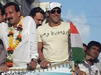 Watch: Salman <i>Wanted</i> by Cong for campaigning