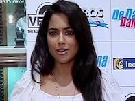 Sameera Reddy promotes <i>De Dana Dan</i>