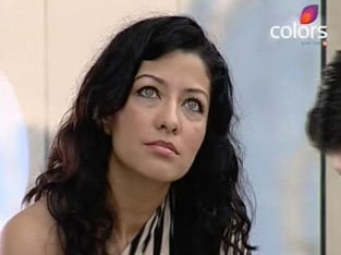Aditi govitrikar evicted out of bigg boss house news18 for Aditi indian cuisine