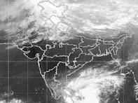 Cyclone Ward weakens, to cross Tamil Nadu coast