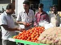 Karnataka farmers pray for rise in tomato prices