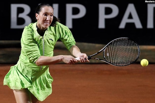 Jankovic reaches 4th round at French Open