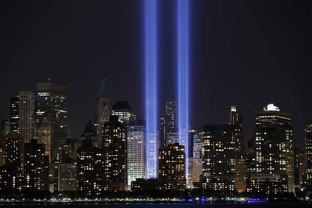 The Tribute in Lights illuminates the sky over lower Manhattan on the ninth anniversary of the attack on the World Trade Center in New York, September 11, 2010.