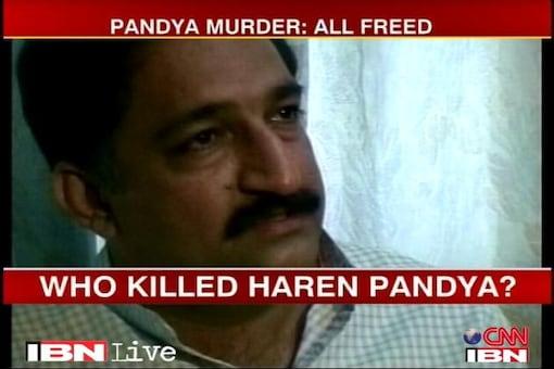 SC admits CBI appeals in Pandya murder case