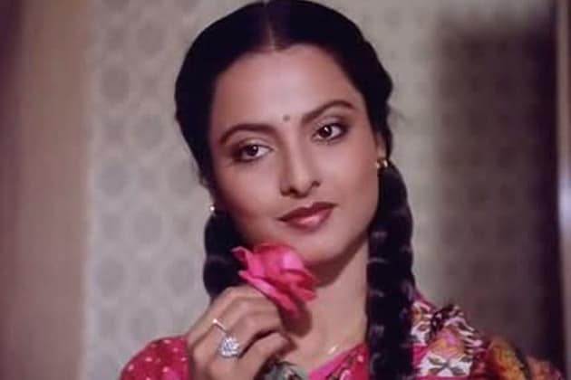 Share Rekha old bollywood actress